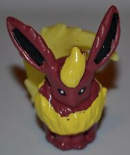 Flareon # 136 Action Figures Figurines Pokemon Go Toys Generation 1 1st Series