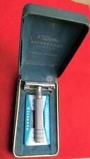 1940's UK made GILLETTE 'Aristocrat Junior' adjustable safety razor & case.