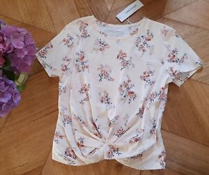 Forever New - Wanda Floral Cross Front Top/T-Shirt RRP $39.99