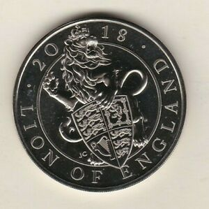 2018 LION OF ENGLAND £5 CROWN WITH A CAPSULE IN NEAR MINT CONDITION.