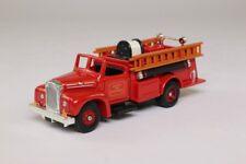 Corgi Fire Heroes Showcase Collection 1934 Mack 5 Ton Breakdown Truck Cs90016