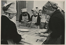 U.R.S.S., kitchen, 1964  Vintage silver print  Tirage argentique  21x27  C