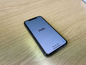Apple iPhone 11 Pro - 256GB - Space Gray (Unlocked) MWC72B/A