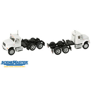 Walthers International(R) 4900 Dual-Axle Semi Tractor Only White HO Scale