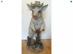 New Cute Pig In Wellies and Spade + Straw Hat Decoration Ornament In/Outdoors