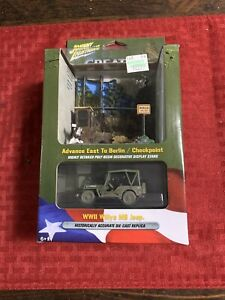 Johnny Lightning 1:64 WWII Willys MB Jeep and Checkpoint Resin Display NEW