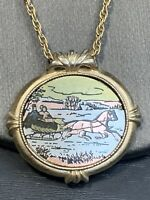 Vintage 1982 Gold Avon Country Christmas 16 Inch Necklace pendant