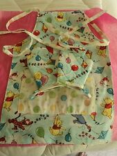 Children's WINNIE the POOH - Two Oven Mitts & Apron, Quilted, 100% Cotton