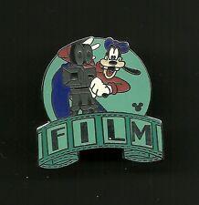 Goofy Photographer Camera Film Splendid Disney Pin