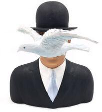 René Magritte *L'homme au chapeau* der Mann mit Melone - Skulptur Figur - 20125B
