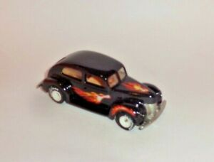 HOT WHEELS Loose REAL RIDERS '40 Ford 2-Door (White Hubs)