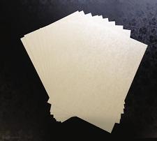 20 Carta A4 Pallido AVORIO TAPESTRY APPLIQUE DESIGN 120gsm corrisponde alla nostra pocketfolds
