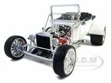 1923 FORD T-BUCKET ROADSTER WHITE 1:18 MODEL CAR BY ROAD SIGNATURE 92828