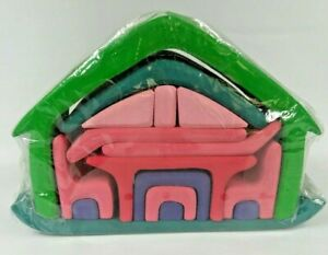 Gluckskafer All-In-One House Waldorf Homeschool Wood Puzzle Furniture Pink Green