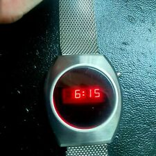 VINTAGE DIGITAL WATCH L.E.D 1977 STEEL MENS WATCH EXCELLENT ALL ROUND ORDER