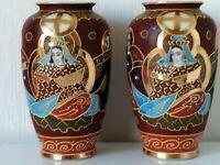 2 Beaux Vases en Porcelaine Fine SATSUMA JAPON H 18,5 cm