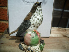 R&J MACK THE SONG THRUSH BIRD FIGURINE HAND MADE AND PAINTED IN ENGLAND  BOXED