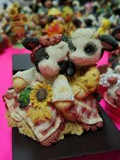Mary Moo Moos Figurine - Hay Let's Cud-dle