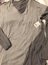 TAHARI Two-Tone Gray V-Neck Long Sleeve Shirt Size L NWT (tag price $78)