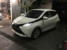 2015 TOYOTA AYGO 2015 MK3 TOWING HOOK  TOW HOOK NEW SHAPE BREAKING