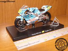 HONDA NSR 500 1/18 VALENTINO ROSSI MOTO-GP MUGELLO 2001