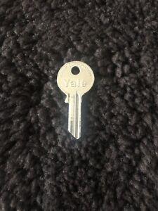 Rolls Royce Phantom VI PVI Limited/Valet Key Blank Yale UD17418 NOS OEM NEW
