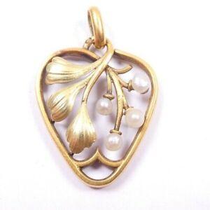 Art Nouveau Pendant Heart shaped 9 carat gold