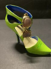 Just The Right Shoe by Raine Shoe Miniatures- Eye Candy Nib