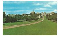 Postcard The Long Walk Windsor Castle Berkshire unposted   (B4e)