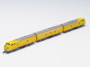 8832 Marklin Z-scale Locomotive set EMD F7 A-B-A Union Pacific UP
