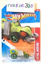 2011 Hot Wheels #208 THRILL RACERS CAVE * EEVIL WEEVIL * CREATURE BUG ANIMAL CAR