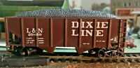 HO scale Louisville and Nashville Dixie Line Hopper with load   20459