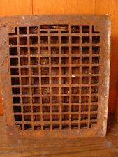 VINTAGE 1920S CAST IRON HEATING GRATE SQUARE DESIGN 14 X 12