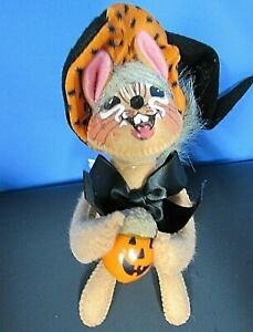 Annalee Chipmunk 6 in Witch Doll Holding Acorn with Pumpkin Face New Tag Bend