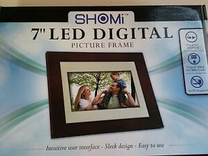 """SHOMi 7"""" LED Digital Picture Frame Brand New, Plug & Play No PC Required"""