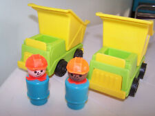 Fisher Price 1976 #942 Lift and Load Depot Dump Trucks Construction Workers
