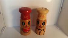 VINTAGE JAPAN SALTY & PEPPER WOODEN CAT FACE SALT & PEPPER SHAKERS/GRINDERS