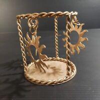 Pot à crayon miniature métal doré fait main vintage art déco soleil France N4610