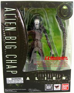 Alien Bandai SH Monsterarts Big Chap Action Figure