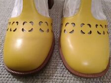 Orla Kiely Clarks, Bibi shoes, in yellow, UK 4.5, EUR 37.5, US 7M, Retro
