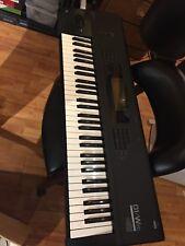 KORG 01-W FD Keyboard workstation - New Backlight / battery USED Excellent