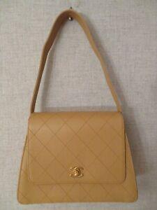 CHANEL Quilted CC Flap Shoulder Bag Beige Caviar Leather Vintage Medium Mint
