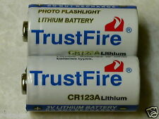 10 TRUSTFIRE CR123A 123 SF123A BATTERY CR123 3v LITHIUM  PHOTO WITH STORAGE CASE