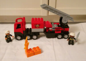 Lego Duplo 4977 Feuerwehrlöschzug (fast vollständig)