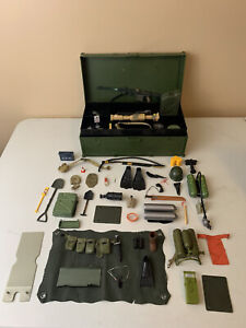 "Vintage Mixed GI Joe Hasbro 12"" Figure Footlocker & Accessories Lot"