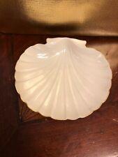 Lenox clam shell dish