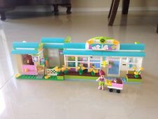 Lego - Friends 3188 - Heartlake Vet - Complete - 343 Pieces