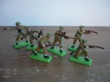 BRITAINS DEETAIL WW2 FULL SET 6 BRITISH SOLDIERS