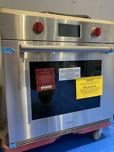 """Wolf 30"""" M Series Professional Built-In Oven SO30PM/S/PH"""
