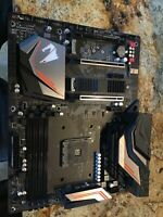 GIGABYTE X470 AORUS ULTRA GAMING AM4 AMD X470 SATA 6Gb/s ATX AMD MotherboardQ